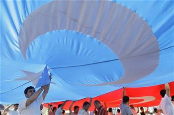 Carrying The Flag-Uyghurs Protest in Turkey