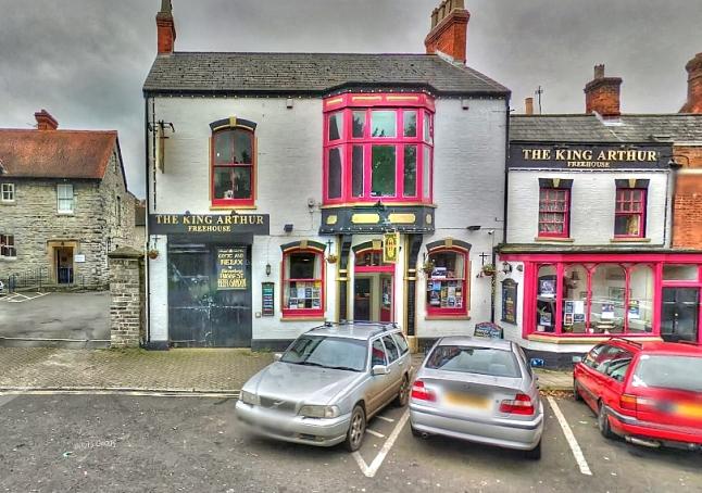 Glastonbury Pub Partnering With #teamGlasto4TIBET