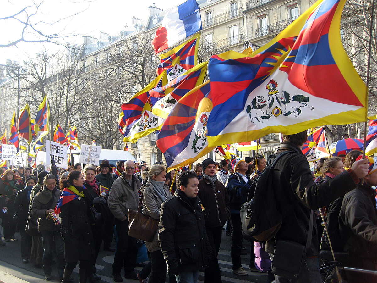 Macron's Elitist Fetish Appeases China, Oppresses French Protests And Ignores Tibet
